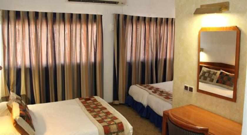 חדר סטנדרט מלון עדן בטבריה
