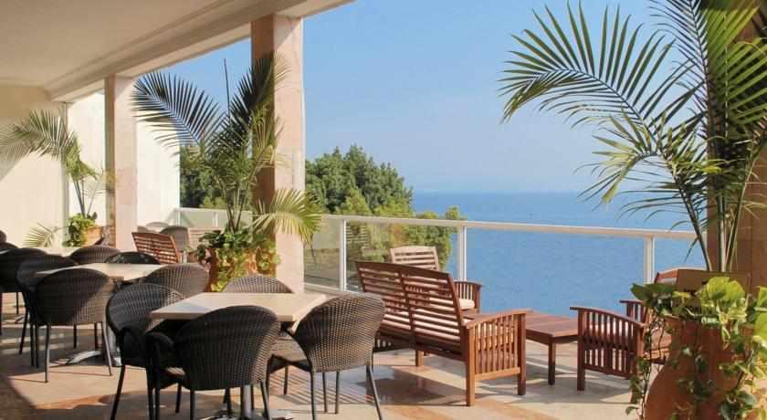 מרפסת מלון קיסר טבריה