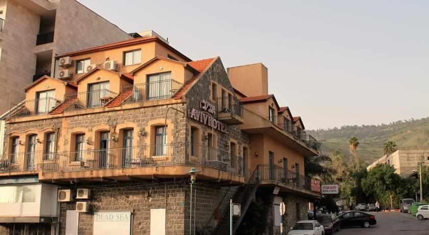 מלון אביב בטבריה