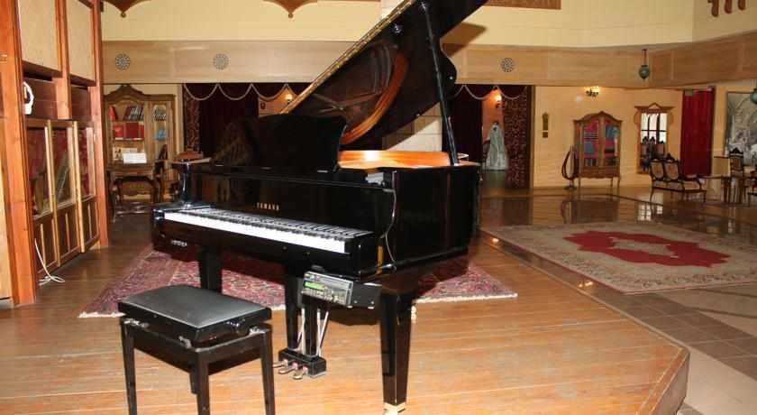 פסנתר דונה גרציה