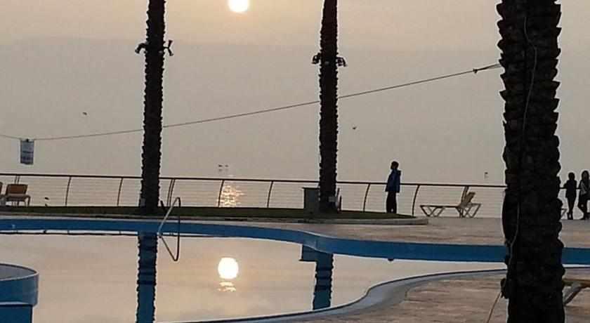 הכנרת מלון חוף גיא בטבריה