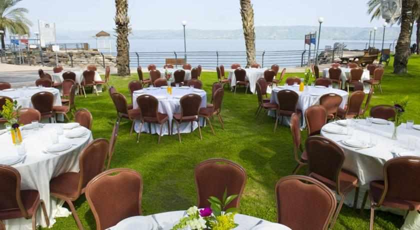 ארוחת בוקר מלון לאונרדו טבריה