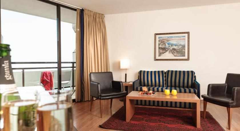 חדר עם מרפסת לאונרדו פלאזה טבריה