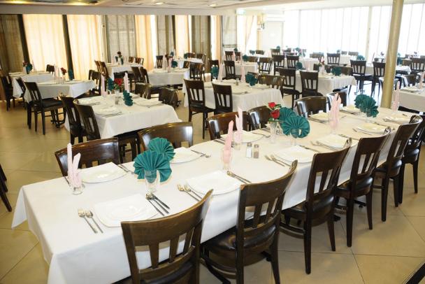 חדר אוכל מלון פלטרין טבריה